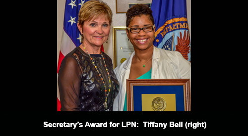 Tiffany Bell with Nurse Executive Katheryn Cook
